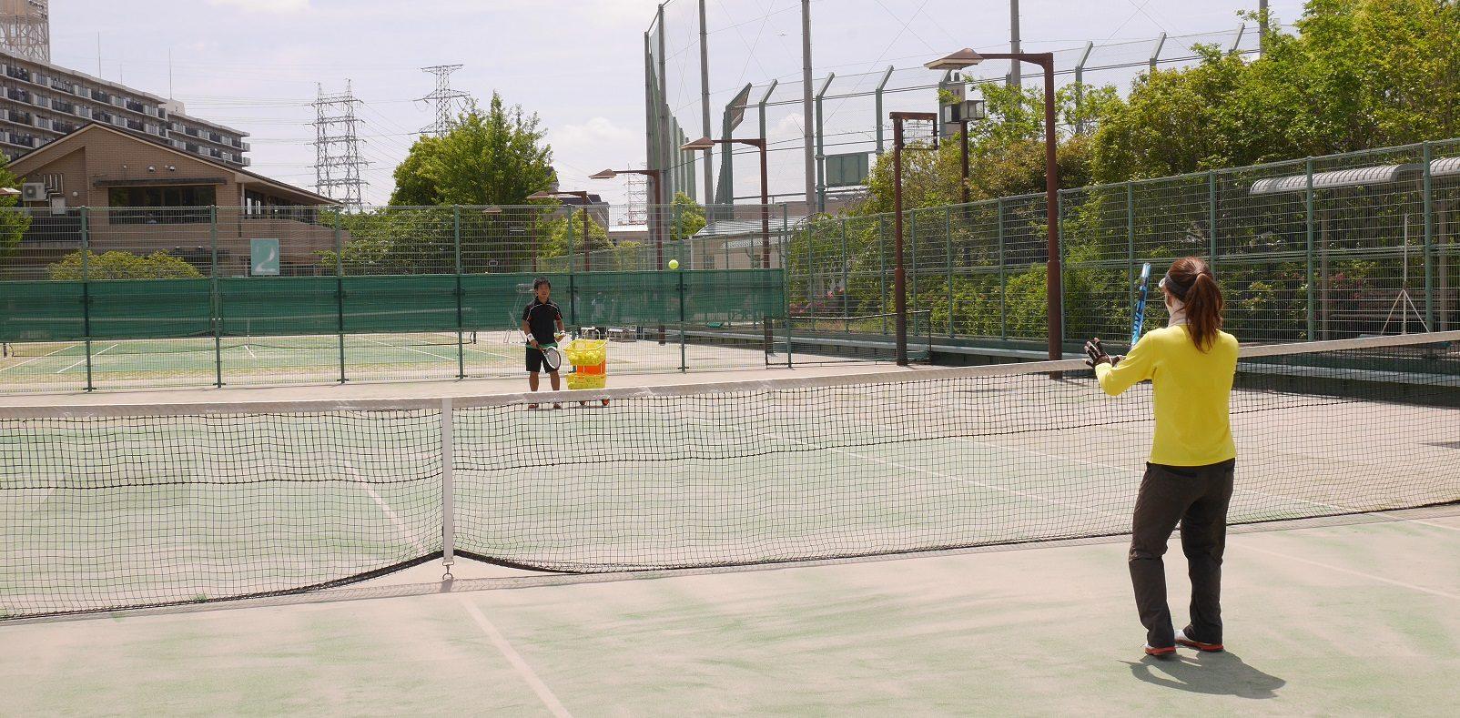 兵庫県、大阪府で、テニス・ソフトテニスのレッスンを受けるならラパンブランにお任せ★☆